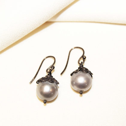 earrings_silverpearldrop